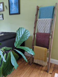 How to Make a DIY Blanket Ladder (Photo Guide)