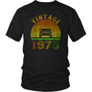 Vintage Jeeps 1975 Birthday Retro 70s Sunset Offroad Jeeps T-Shirt
