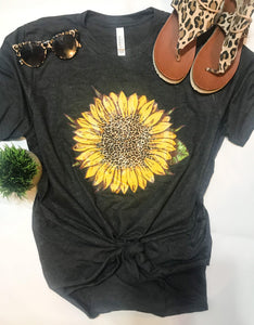 Sunflower & leopard Tee (PRE-ORDER) - This & That Boutique Shop