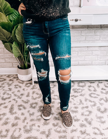 Mid Rise Dark Distressed Jeans - This & That Boutique Shop