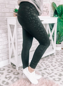 Leopard Print Leggings In Black - This & That Boutique Shop