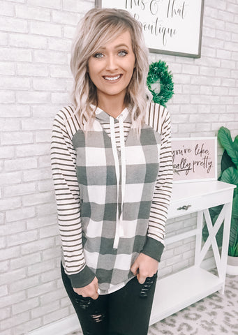 Black & White Plaid Pullover - This & That Boutique Shop
