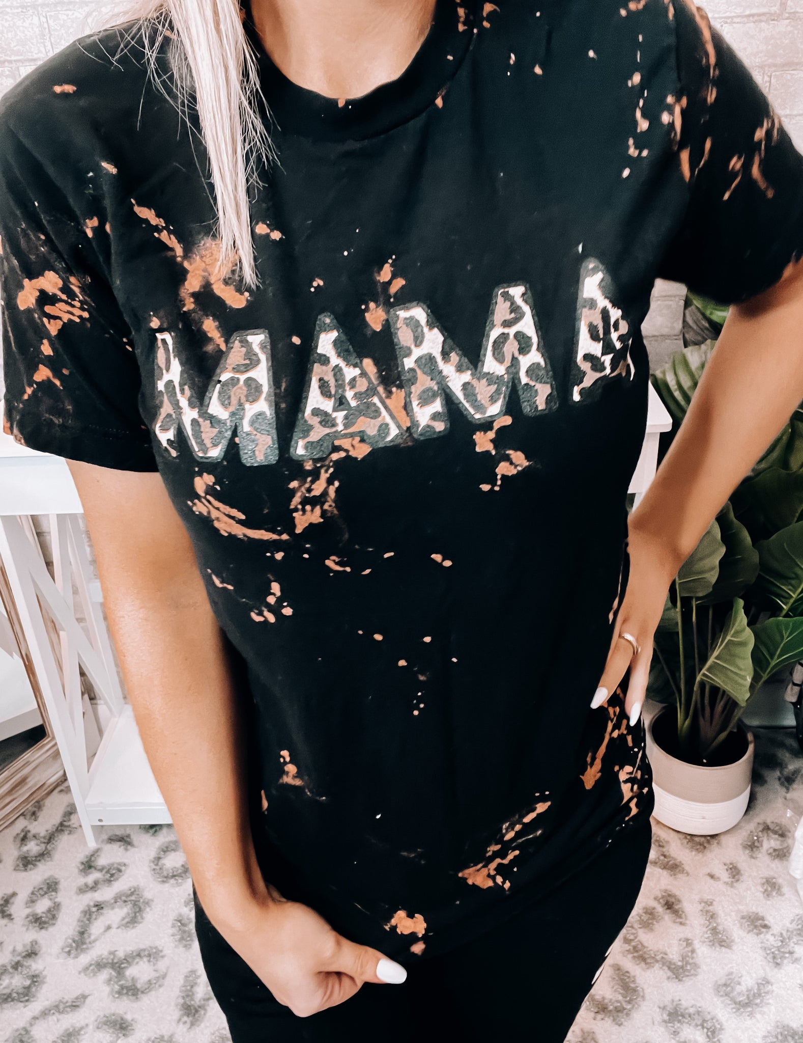 MAMA Bleached Tee - This & That Boutique Shop