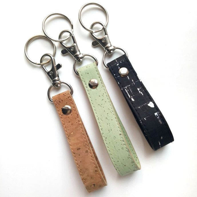 Loop cork key ring