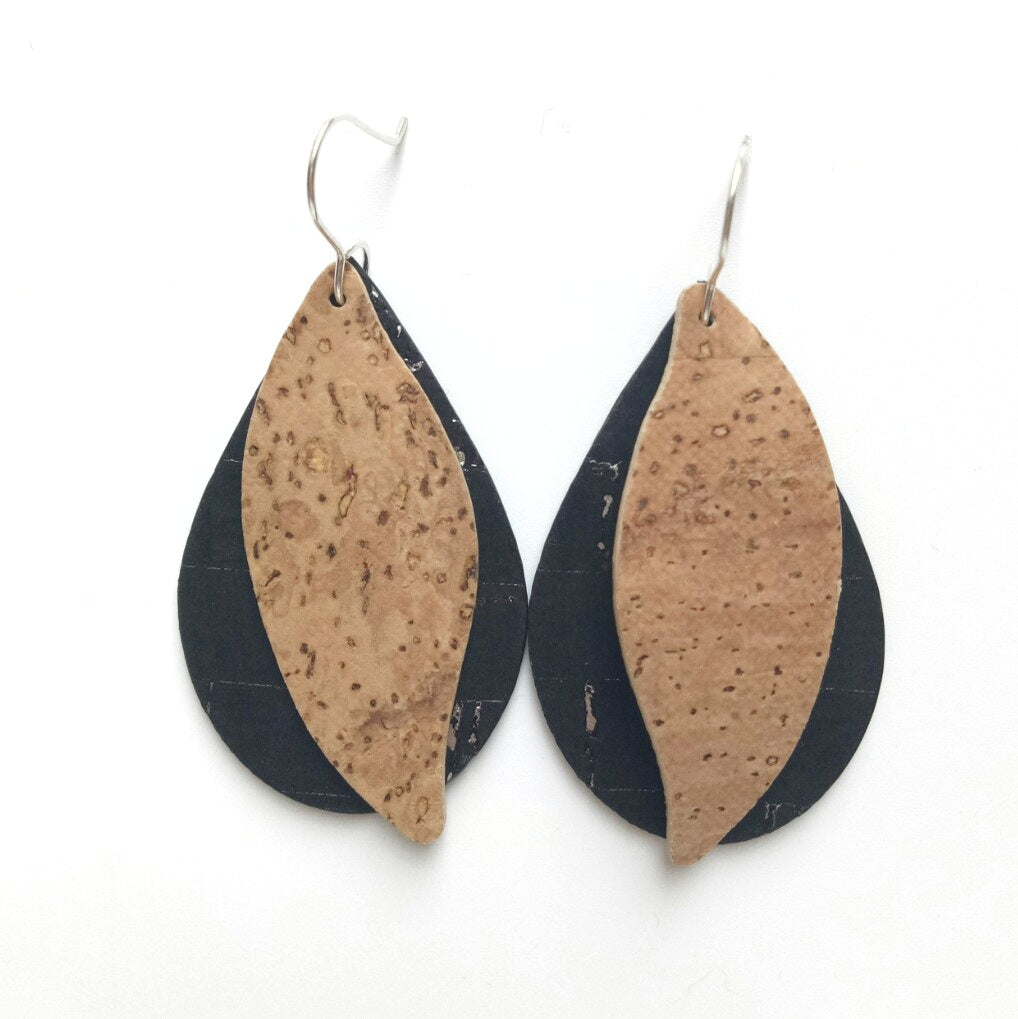 Gum leaves cork earrings, black and natural