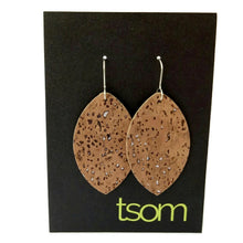 Load image into Gallery viewer, Petal cork earrings, natural silver flecks
