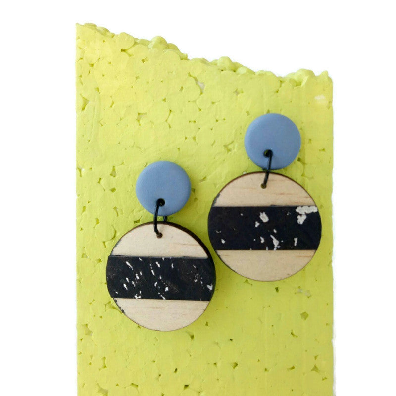Round wood and cork earrings