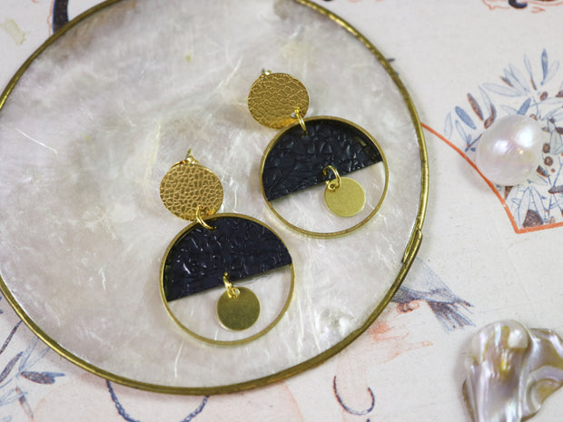 Sleepy deco earrings (Limited edition)