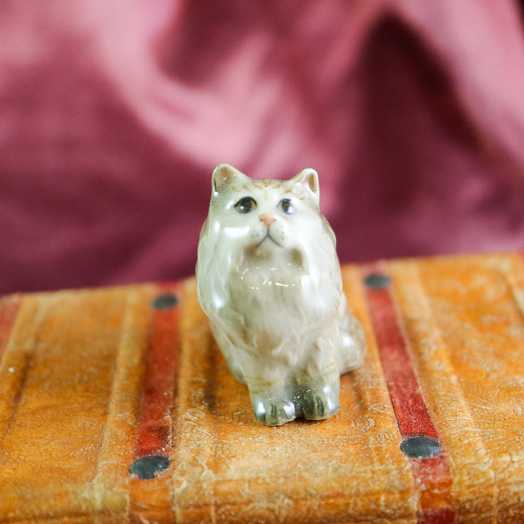 Miniature sitting kitty figurine