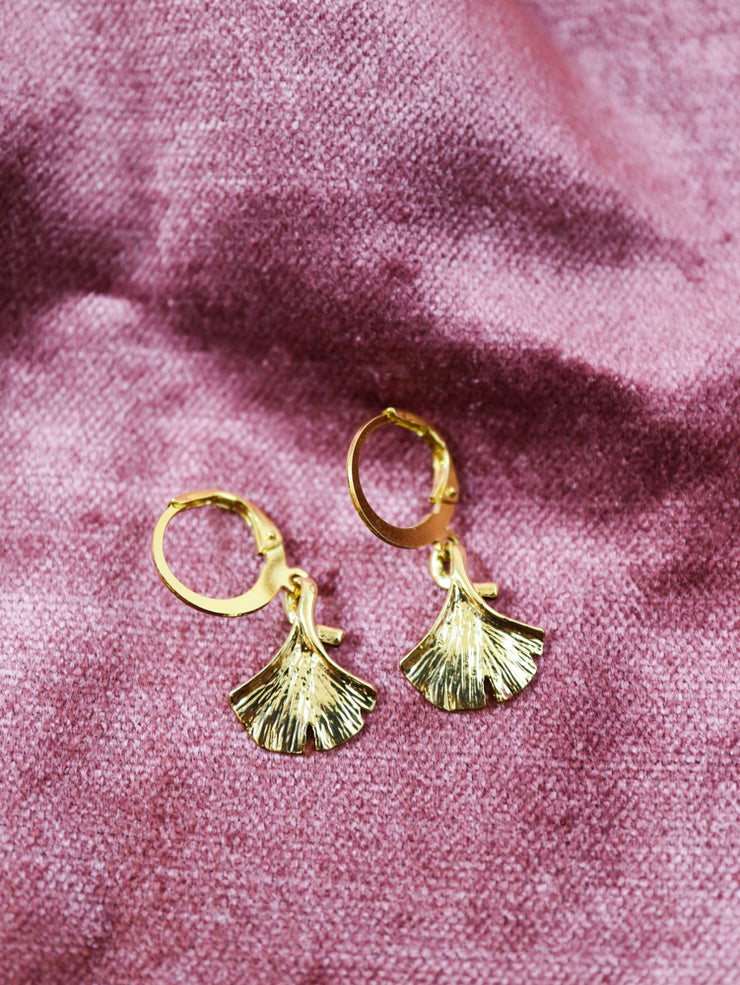 Golden ginkgo leaf earrings