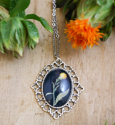 Delany dandelion necklace