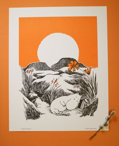 Moomin print orange sunset