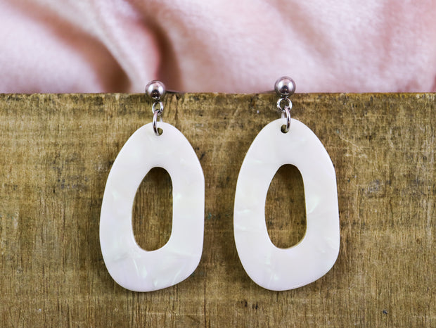 Organic oval mother of pearl earrings