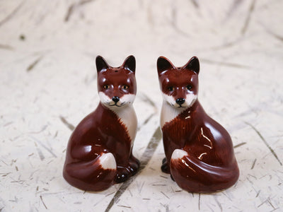 Fox salt and peppar shakers