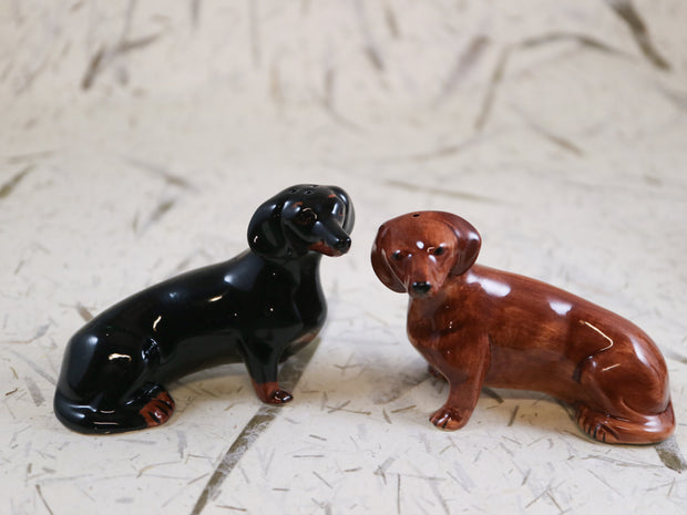 Dachshund salt & pepper shakers