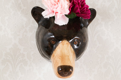 Black bear wallvase