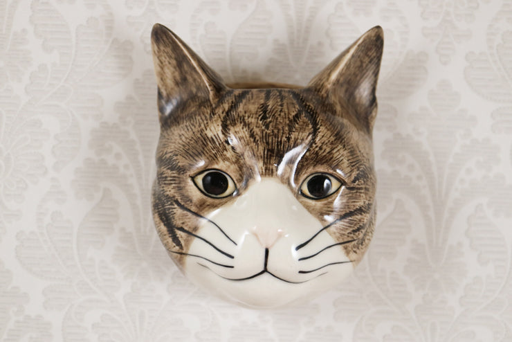 Millie the stripey cat small wallvase