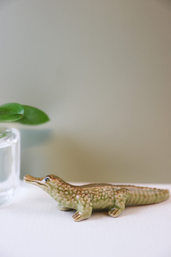 Miniature alligator figurine