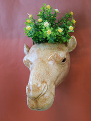 Big camel wallvase