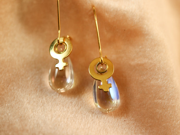 Male tears gold earrings