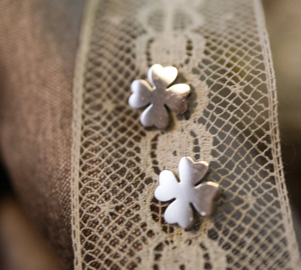 Silver lucky clover stainless stud earrings