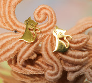 Golden kitty-cat stainless stud earrings