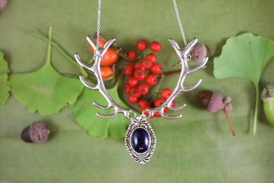 Black sandstone silver antler necklace