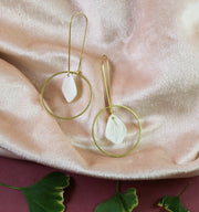 Golden pearl petal earrings (Limited edition)