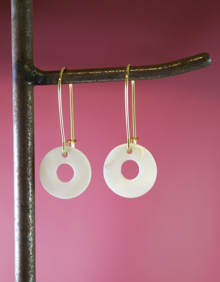 Mother-of-pearl circle earrings (Limited edition)
