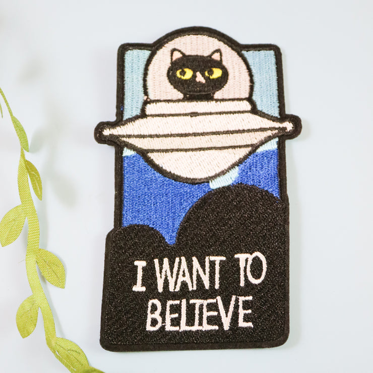 I want to believe in cats iron on patch