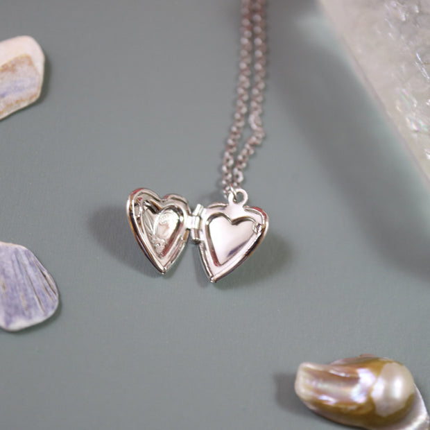Victorian heart locket necklace