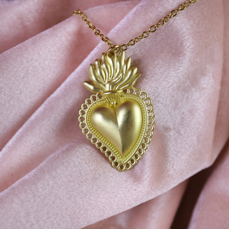 Burning heart golden necklace (limited edition)