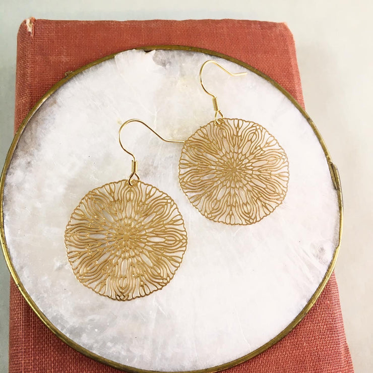 Golden organic circle earrings