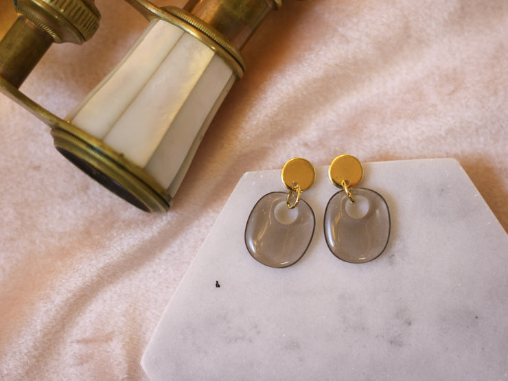 Mini mod soft grey earrings