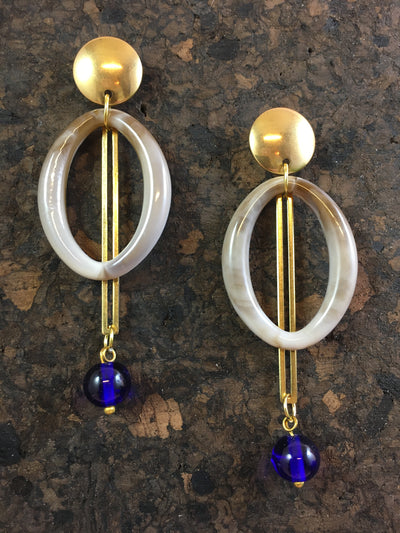 Ultramarine pendulum earrings