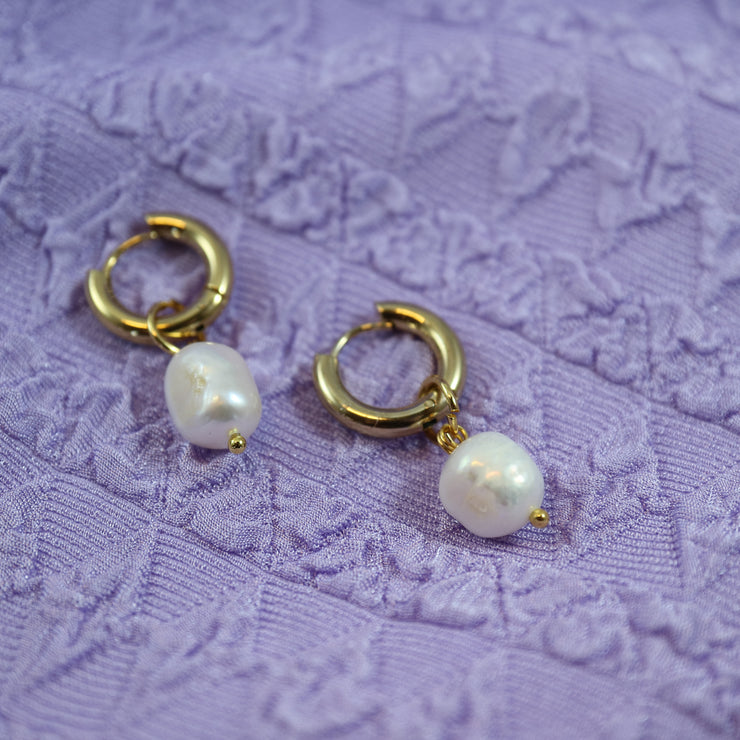 Chunky pearl earrings (Limited edition)