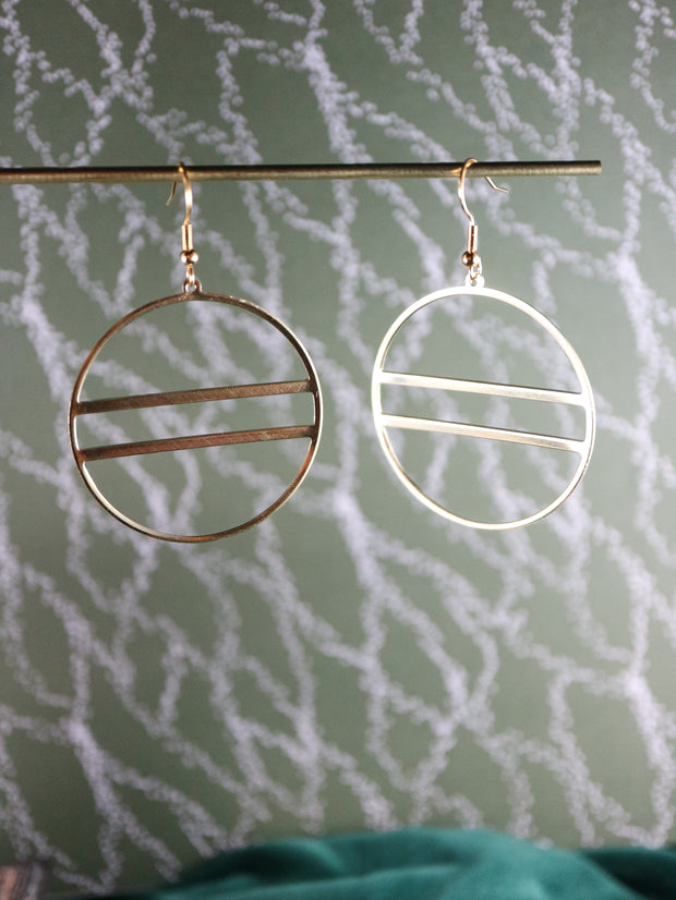 Minimalist double row deco earrings