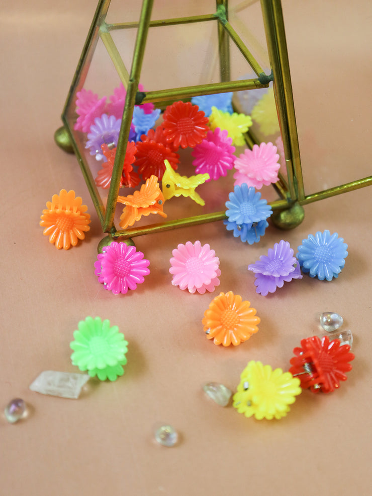 Scalloped daisy tiny hairclip 10pcs