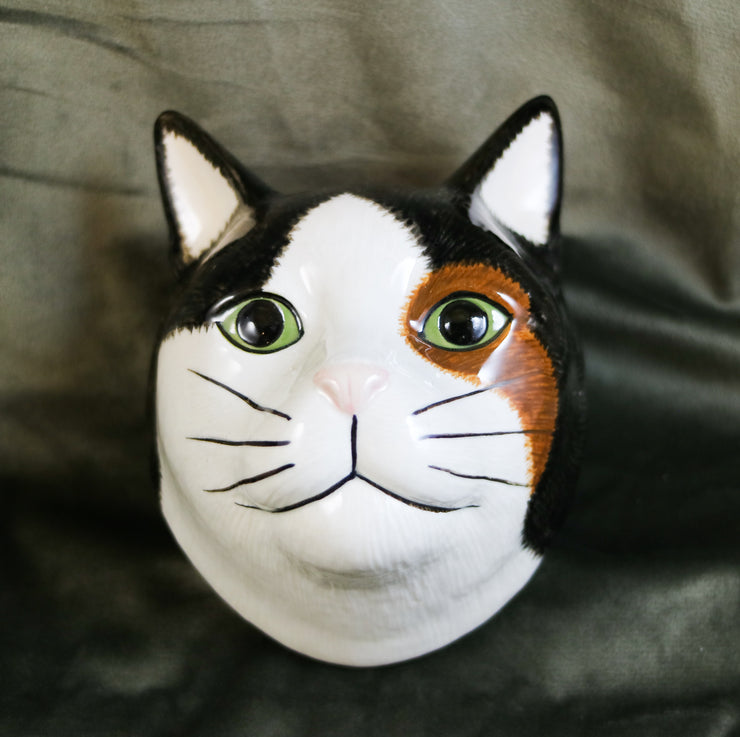 Poppet the cat small wallvase