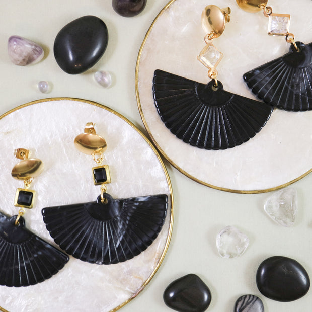 Black fan earrings (Limited edition)