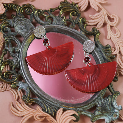 Crimson fan earrings (Limited edition)