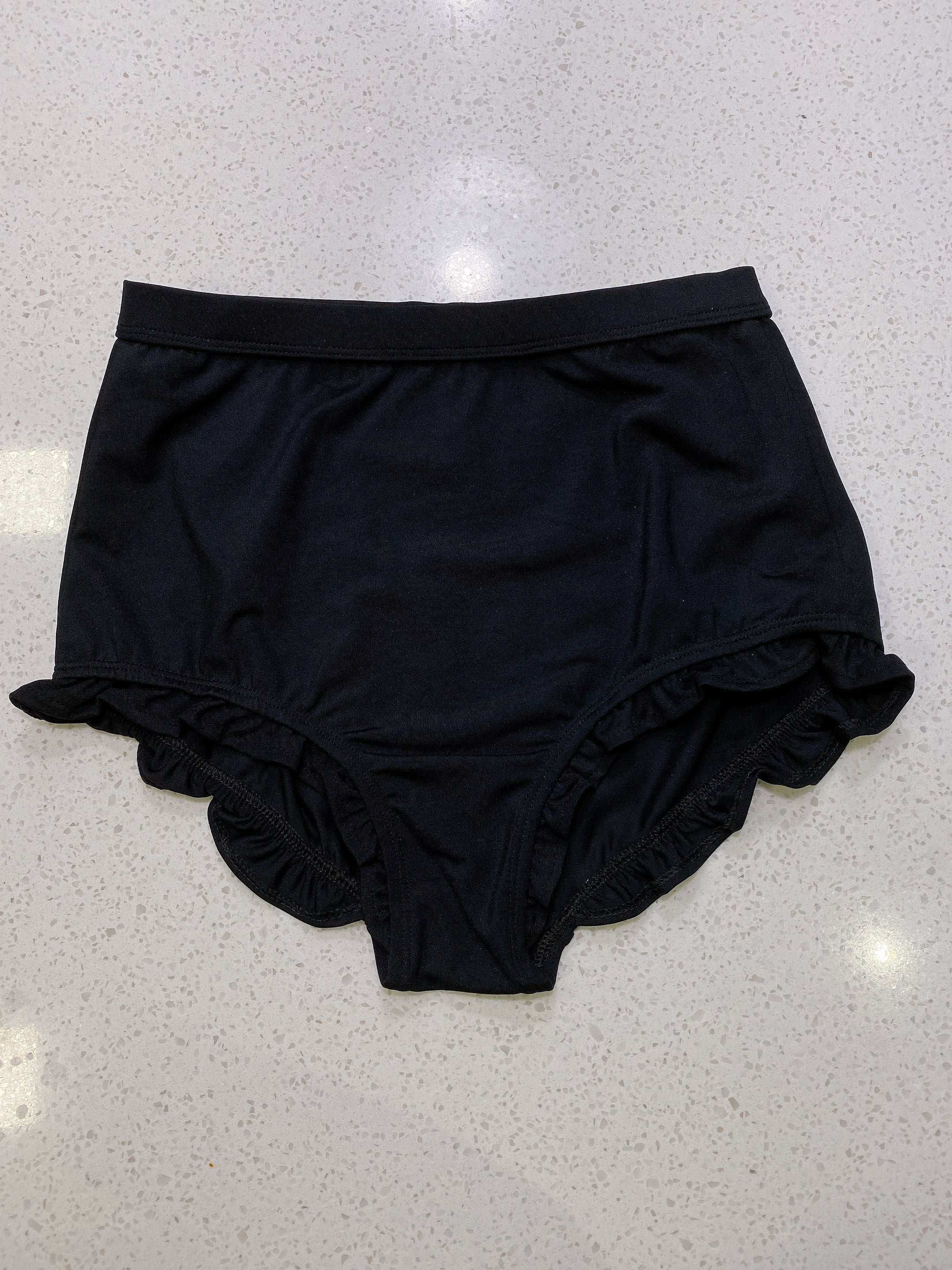 SAMPLE SALE: BLACK BOTTOM WITH RUFFLES