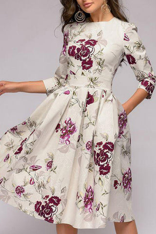 Women's Round Neck Floral Printed 3/4 Sleeves Skater Dresses