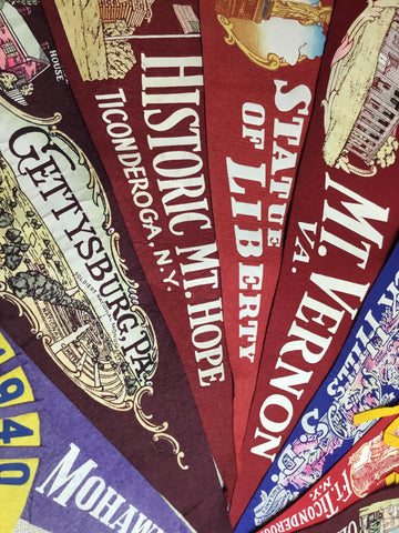 "Pennants: Historic Attractions 24-26"" Wool 1950-1970s"