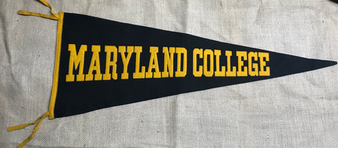 "Pennant: Maryland, Maryland College Sewn Letters 29"" pre1930-50"