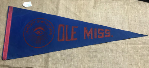 "Pennant: Mississippi - Ole Miss University - 29"" 1960-70"