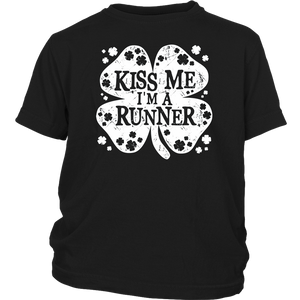 Kiss Me I'm A Runner Funny St Patrick Day Shirt