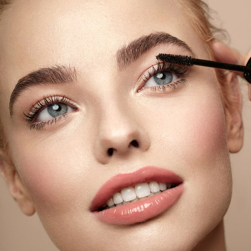 Maximise Your Mascara