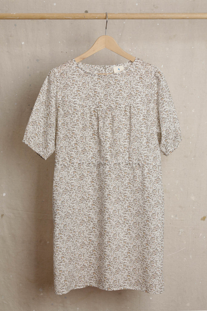 Audrey Shift Dress - Peach-beige floral