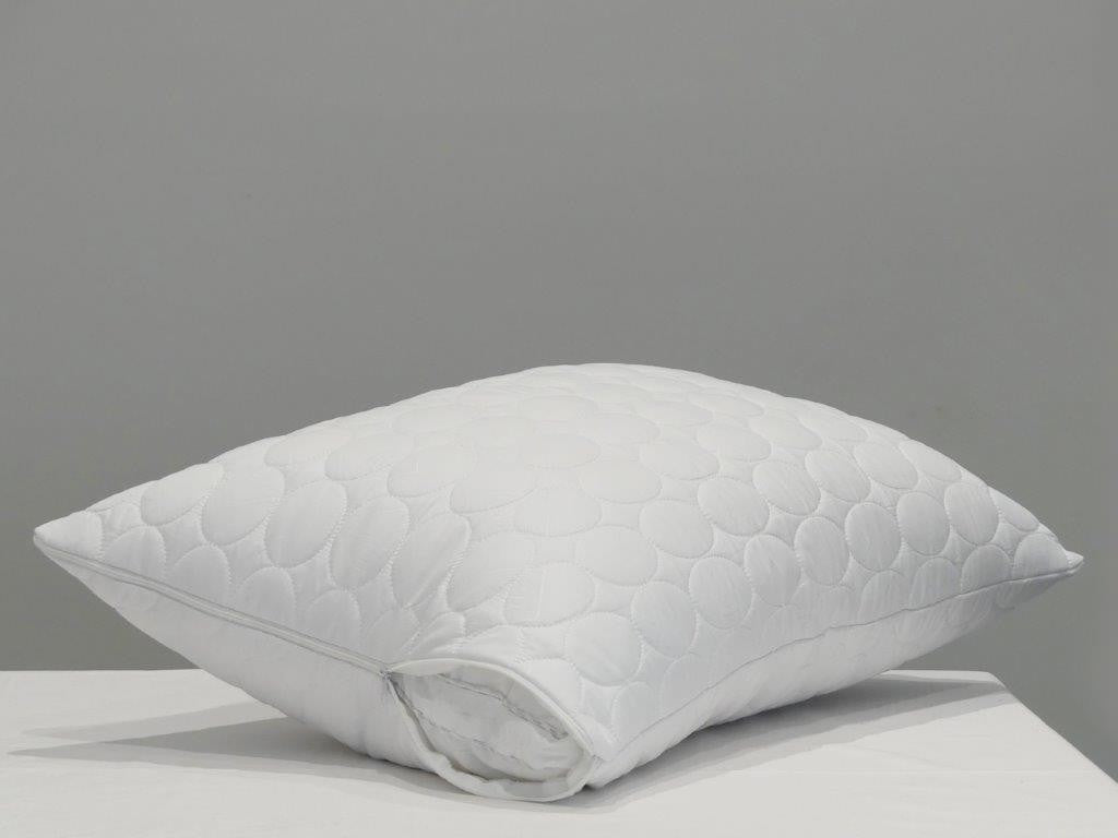 Dreamticket Pillow Protector - Quilted Zipped